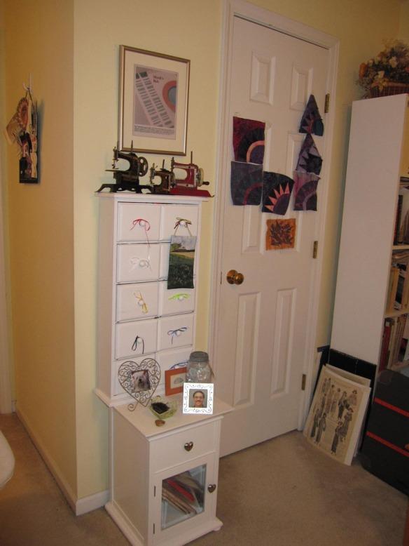 Dian Stanley Toy Sewing Machines & Ribbon Storage